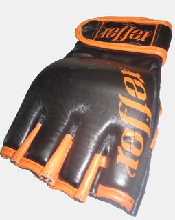 MMA Glove 7 oz